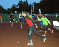 Förderstützpunkttag am 27.9.2014 in Bottrop - Nachttraining auf der Tartanbahn im Jahnstadion Bottrop